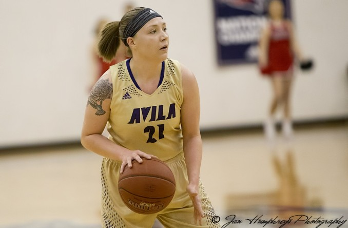 Lauren Austin scored 14 against Missouri Valley, leading all Eagles