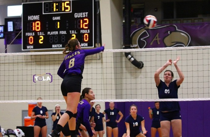 Elli Wright led the Eagles with 9 kills Tuesday at Evangel. (Photo Credit: Talal Alaseeri)
